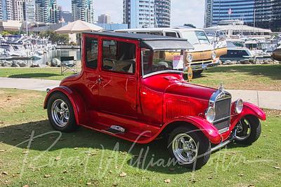 7082-Classic Car