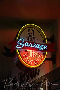 0147-Famous Sausage