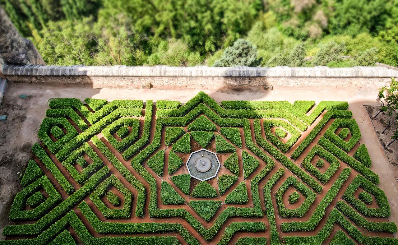 Segovia Castle Maze