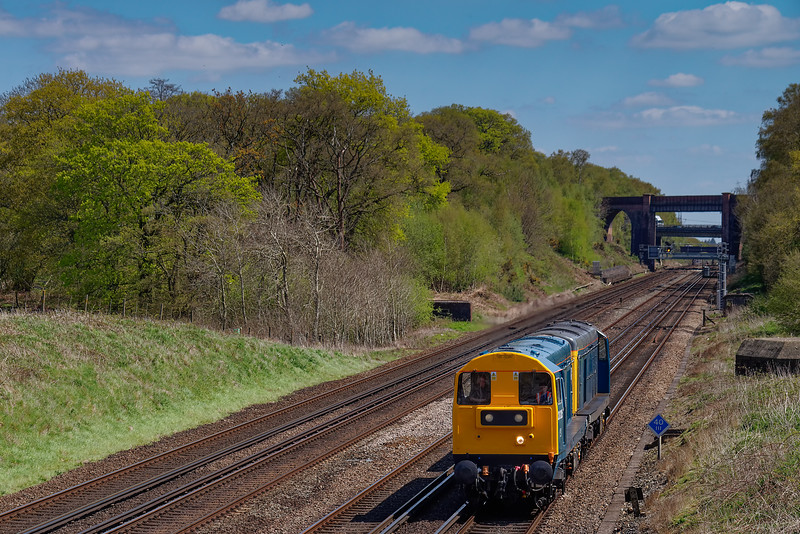 20205 / 20142 working 0Z20, the 10:06 Willesdon - Swanage, on 4th May 2016. <br /> The twenties were to take part in the lines Diesel Gala, on 6th - 8th May.
