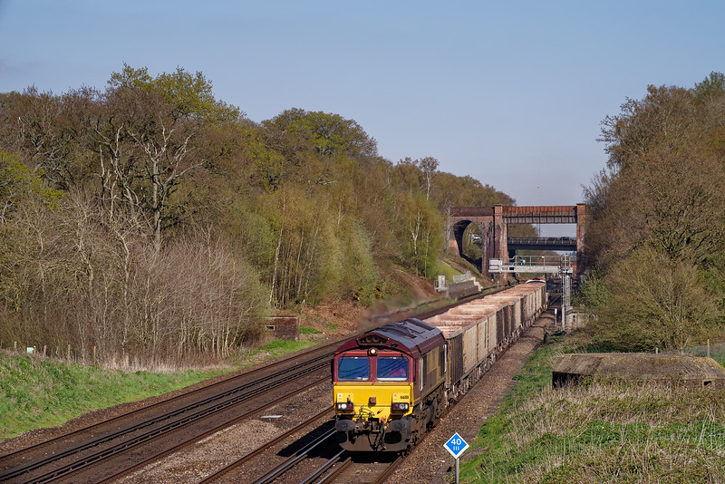 66181 top & tailed with 59102, working 7V12, the 15:38 Woking Down Yard - Merehead Quarry, on 10th April 2019. The train was top & tailed because of a problem at Woking, that precluded the usual run-round.