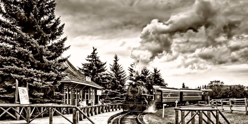 TrainB&W-4446