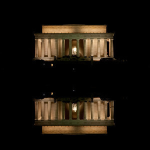 Lincoln Monument Reflection