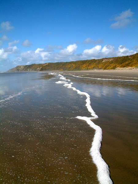 Marking the tide's advance and retreat.  Whiskey Run beach, Oregon (mapped)