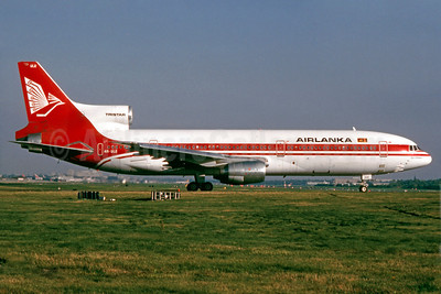 AirLanka Lockheed L-1011-385-15 TriStar 100 4R-ULE (msn 1062) LGW (SM Fitzwilliams Collection). Image: 910158.