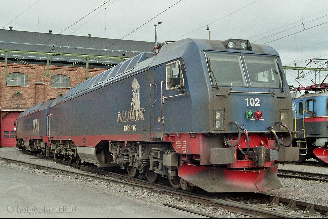 LKAB Iore 101/102 Kiruna depot 2006-06-27 by Holger Breitfeld