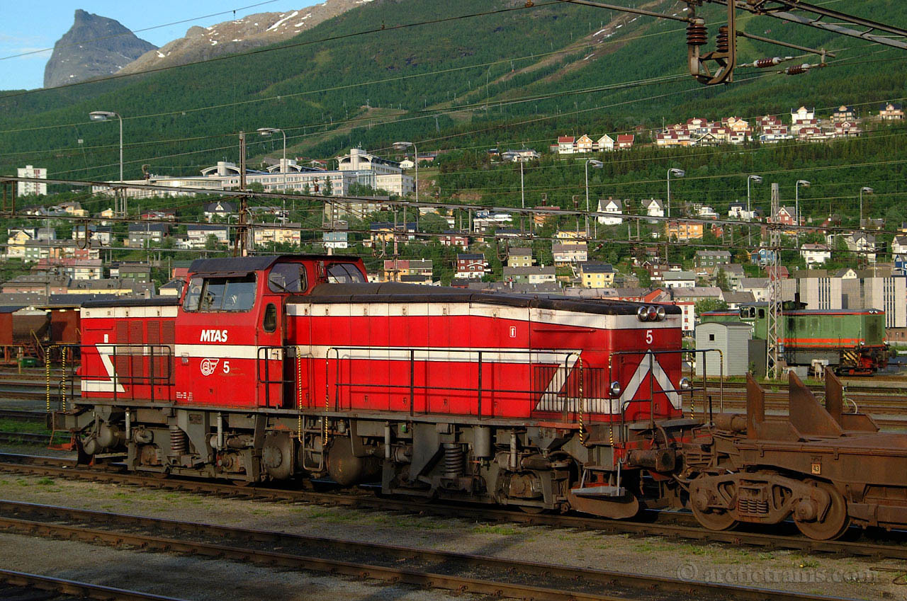 LKAB T44 5 Narvik Ore Harbour 2001-06-22 by TS