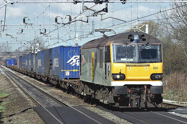 92005 Acton Bridge 10/4/2006 4M41 0535 Mossend-Daventry