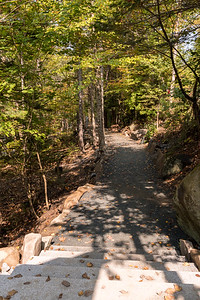 Walkway from parking toward the new Moosilauke Ravine Lodge. Photo by David Kotz '86.