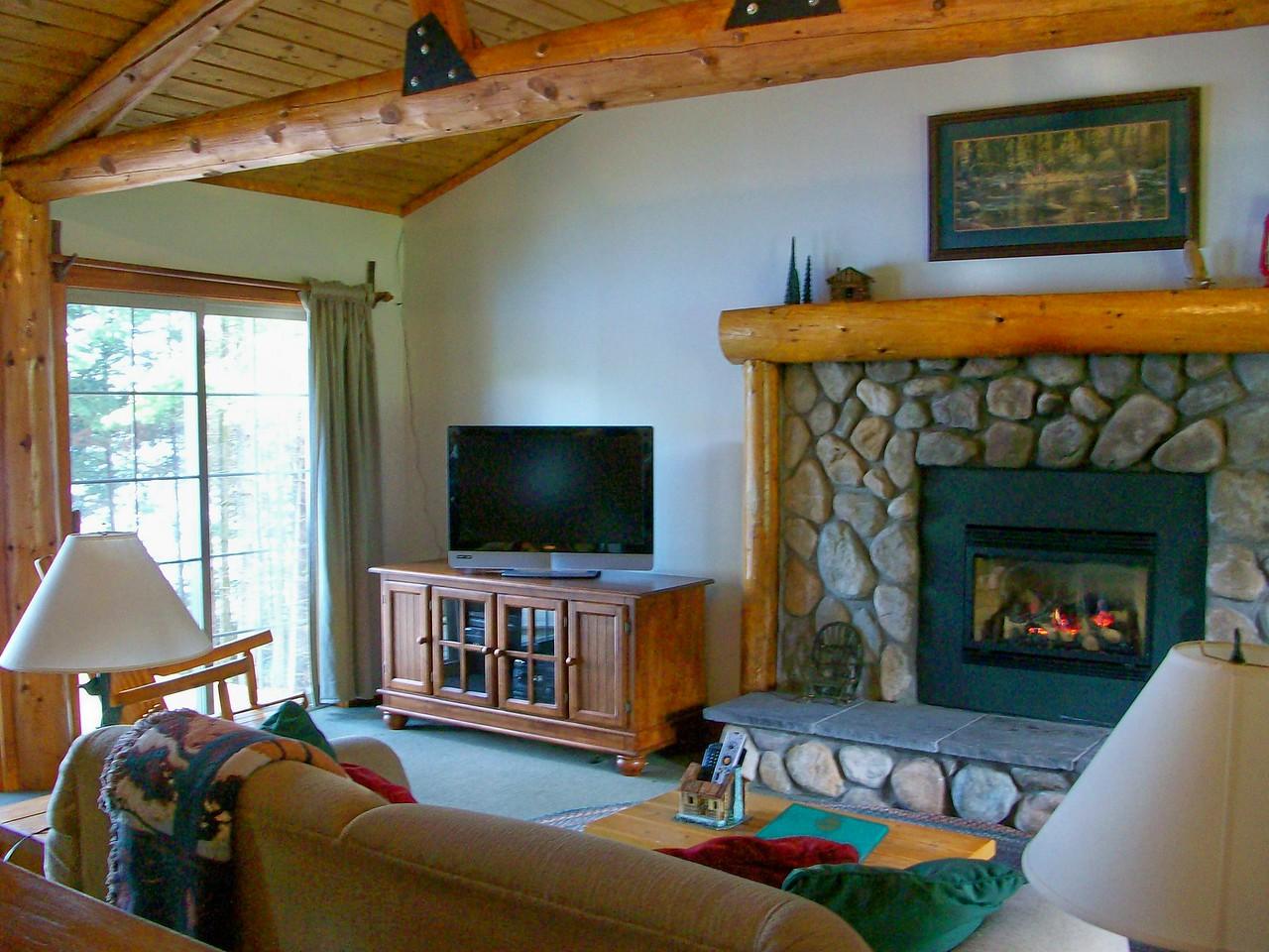 Angler's Cove Livingroom