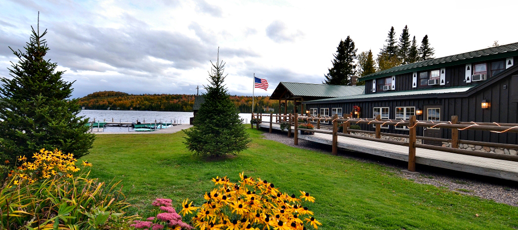 Tall Timber Lodge in the fall.