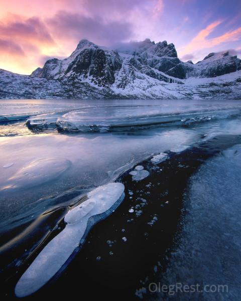 Frozen lake-2