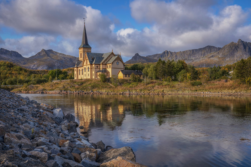 Lofoten Cathedral, Vagar
