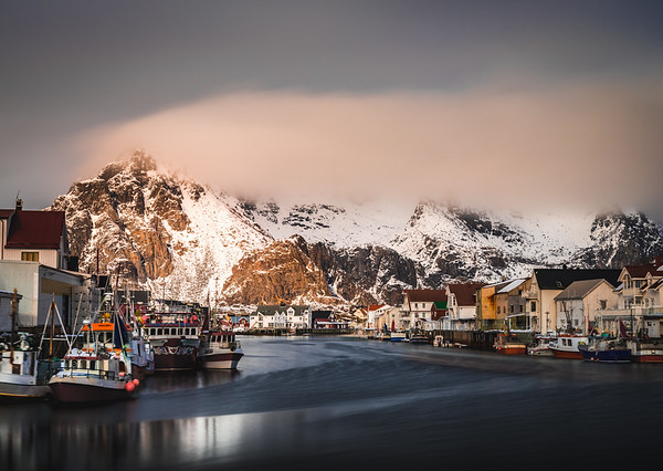 Let it Shine! - Henningsvær, Lofoten, Norway
