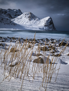 Fighting the Winter! - Unstad Beach, Lofoten