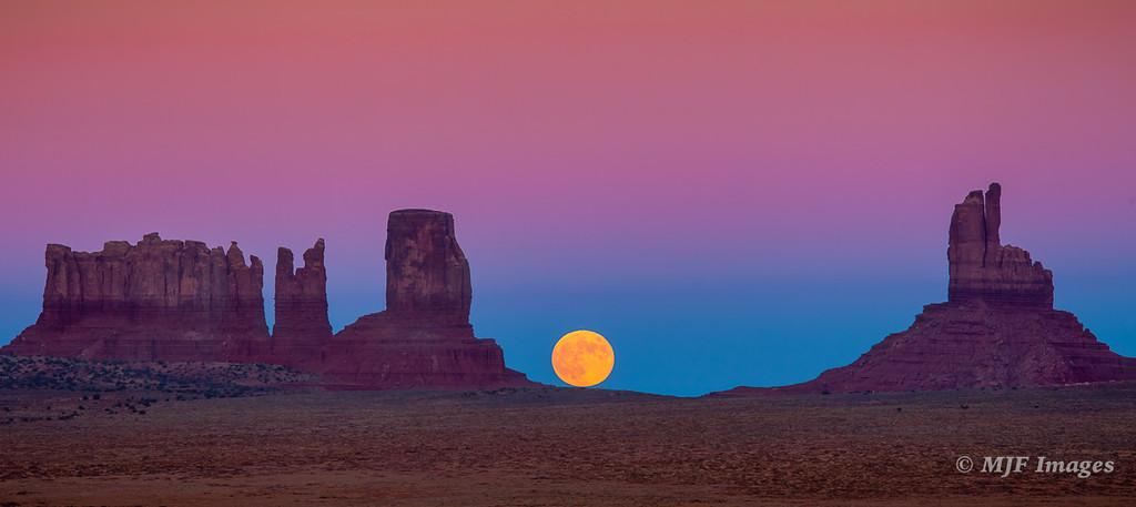 Monument Valley Moonrise II
