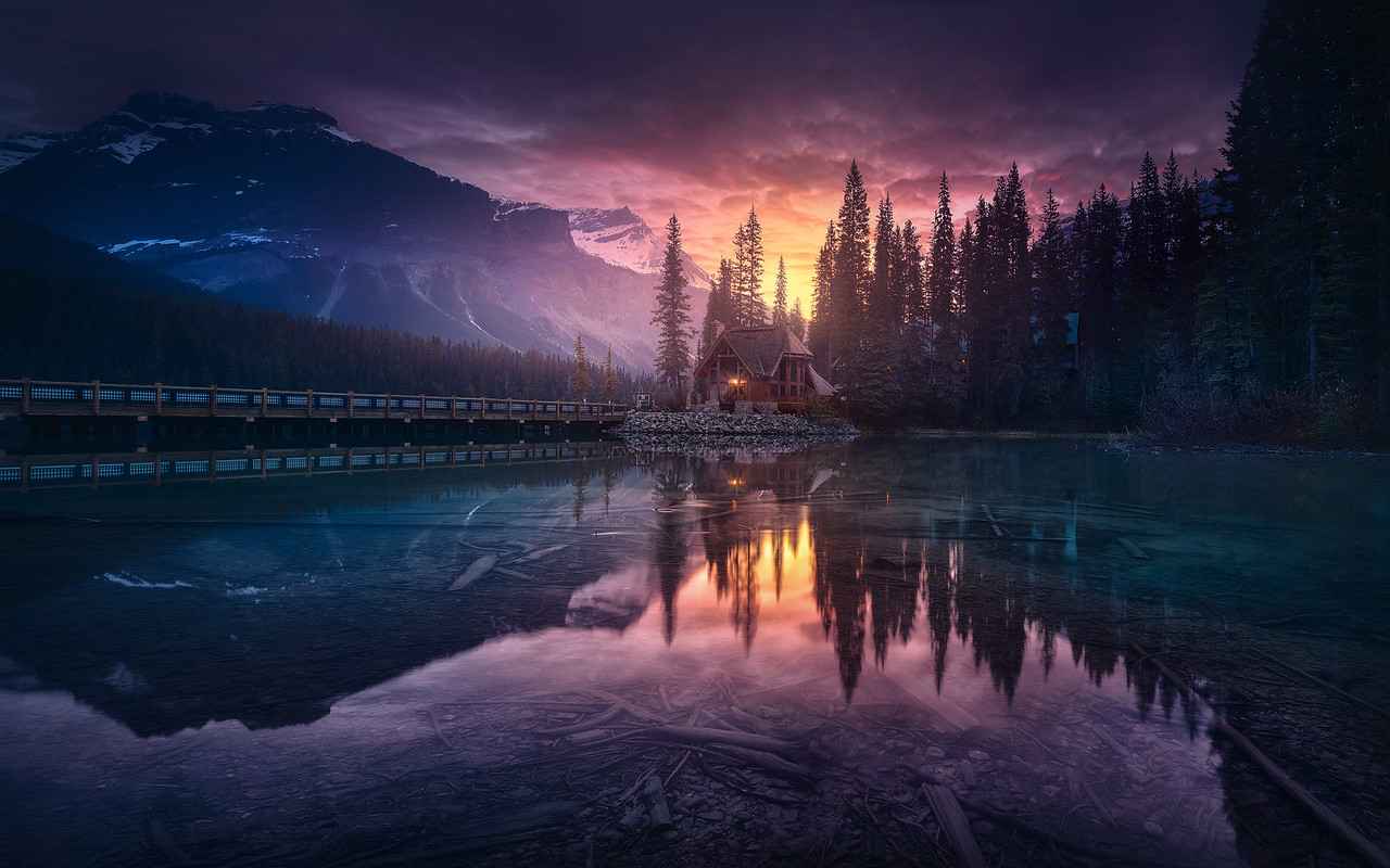 Emerald Lake by Jesús M. García