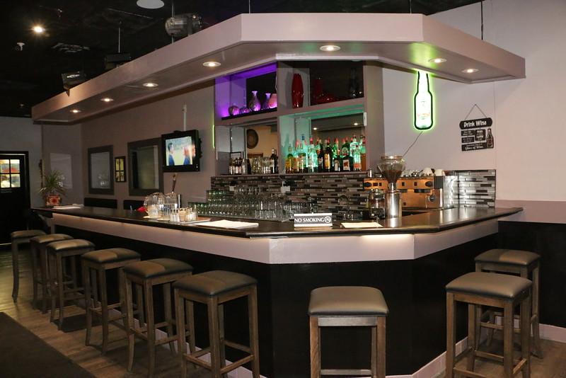 Lola's Foodhaus & Karaoke Bar