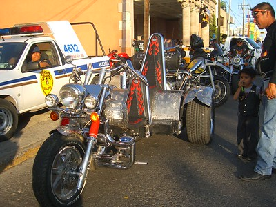 Harley Davidson, Leon