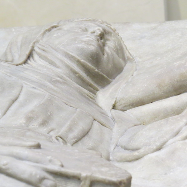 Tomb effigy of a woman 7388-1861