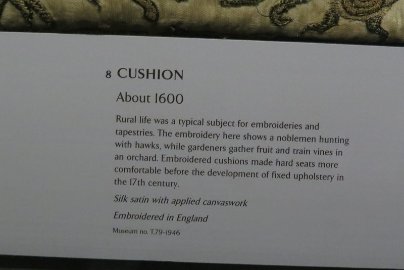 Cushion T.79-1946 info card