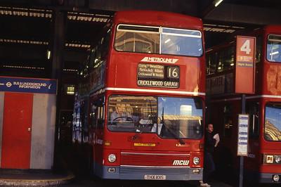 London Buses M1 Victoria Station London Sep 90