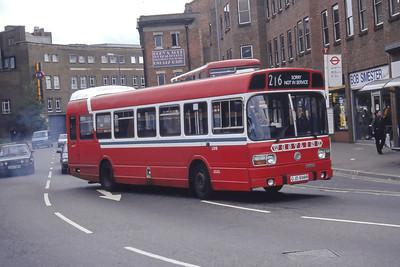 London Buses LS98 Clarence Way Kingston Sep 94