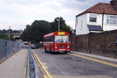 London Buses BL1 Totteridge Station 1 Sep 90