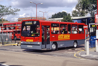 London Buses DW37 Golders Green Bus Stn London Sep 94