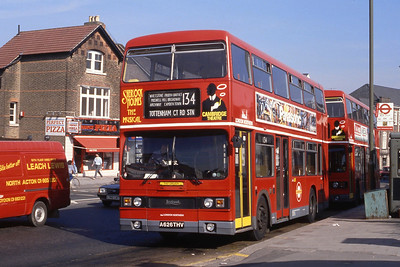 London Buses T1026 High Street Barnet May 89