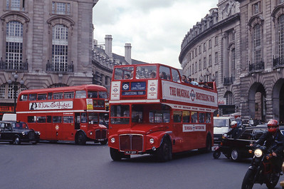 London Buses ERM237 Piccadilly London Sep 90