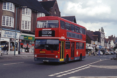 London Buses M41 Mill Hill Broadway London Sep 90 copy