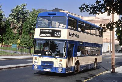 London Buses 7 John Willson Street Woolwich London Sep 88