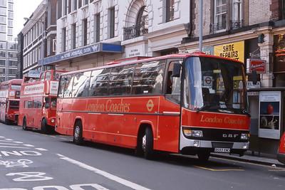 London Buses DB1 Victoria Street London Sep 88