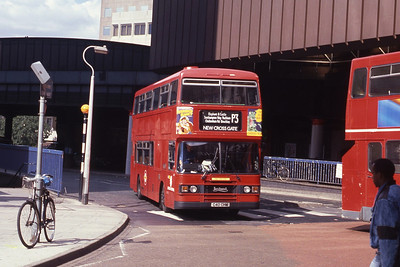London Buses L40 London Bridge Station Sep 90