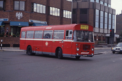 London Buses BL69 Whetsone High Road London Sep 90