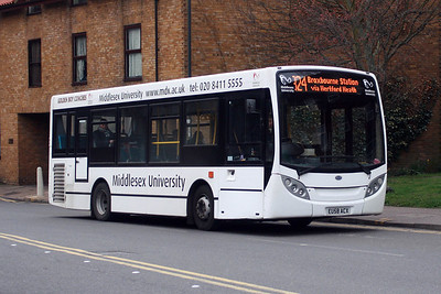 Bus Operators in the London Country Area (UPDATE 05.03.2017)