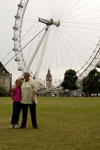 Mum, Sam, The London Eye & Big Ben (1)