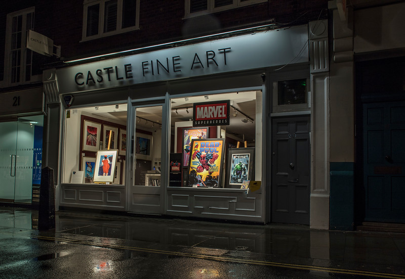 Castle Fine Art Shop in Covent Garden at Night and in the Rain