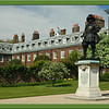 Kensington Palace and King William 111 Statue