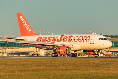 easyJet Airbus A319-111 G-EZBD 9-14-19 2