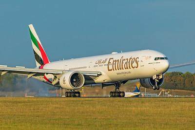 Emirates Boeing 777-31H(ER) A6-EPY 9-14-19
