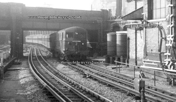London Transport & Steam on the Met