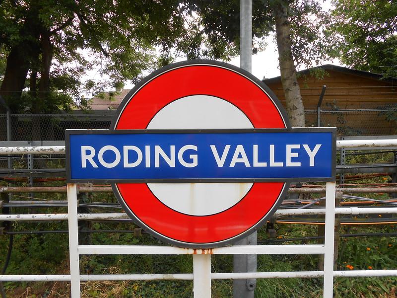 Roding Valley <br /> <br /> Central Line <br /> <br /> Zone 4 <br /> <br /> Address <br /> <br /> Roding Valley Station<br /> <br /> London Underground Ltd.<br /> <br /> Station Way<br /> <br /> Buckhurst Hill<br /> <br /> Essex<br /> <br /> IG9 6LN