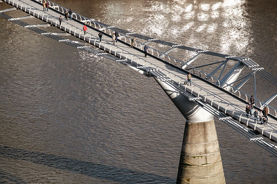 The London Millennium Bridge viewed from the Tate modern