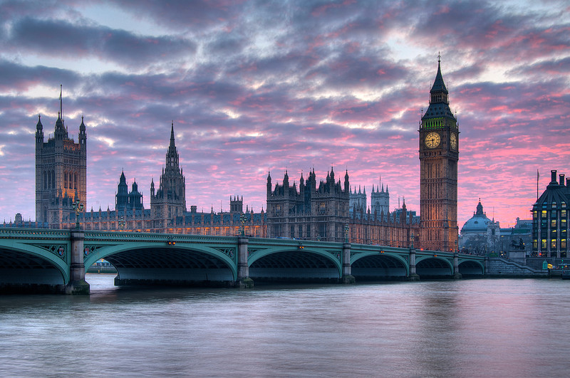 Westminster Bridge, The Houses of Parliament & Big Ben, London.