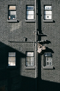 Details of buildings in London