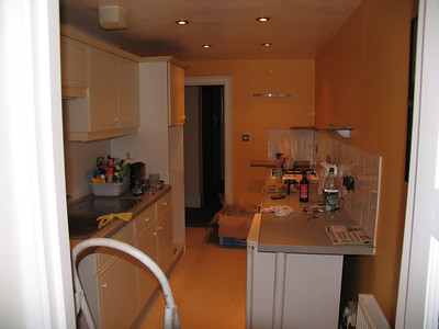 Ah... The galley kitchen.  It's not looked this empty since 1 hour after we moved in !  But back then it was that horrid pink colour on the walls and ceiling.