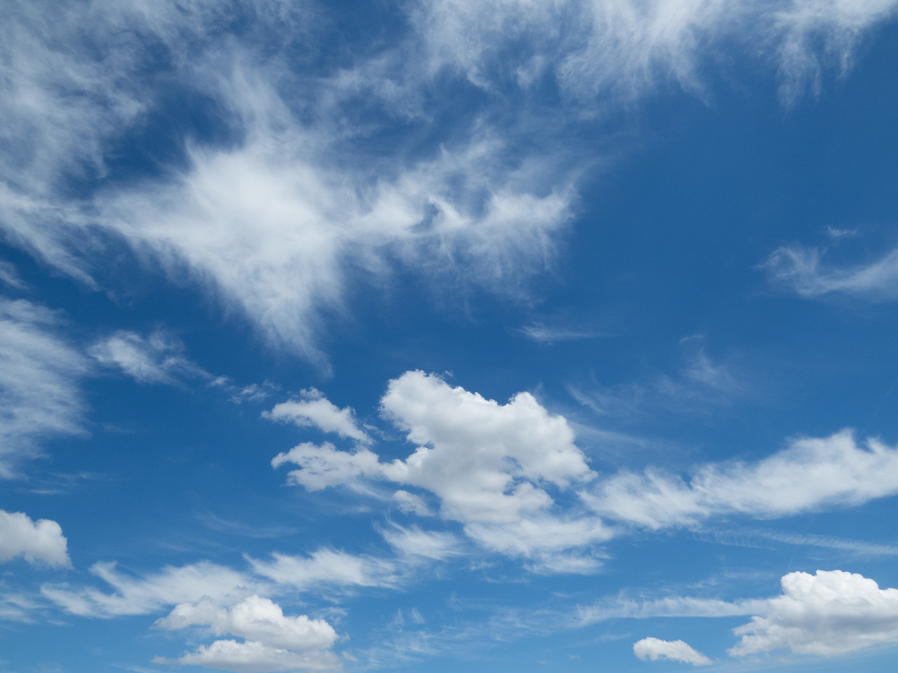 Great clouds for imagining
