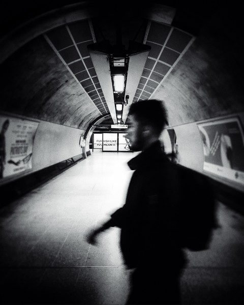 Walking Through the Underground. 2017.